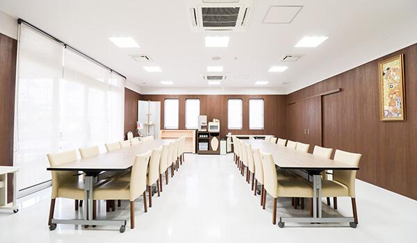 公益社 フィリアホール食事室